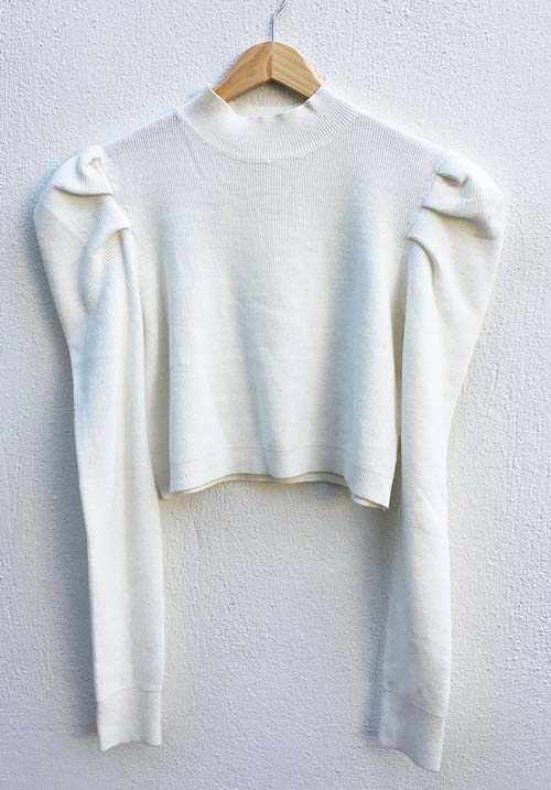 Puffy Cloud White Knit