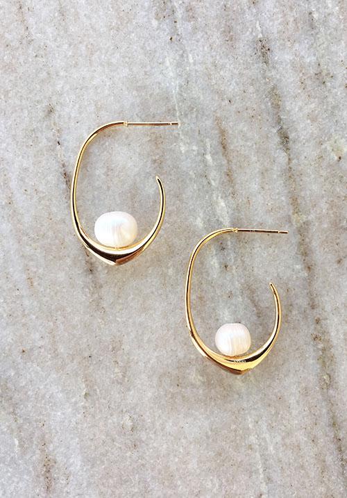 Hamock Pearl Earings