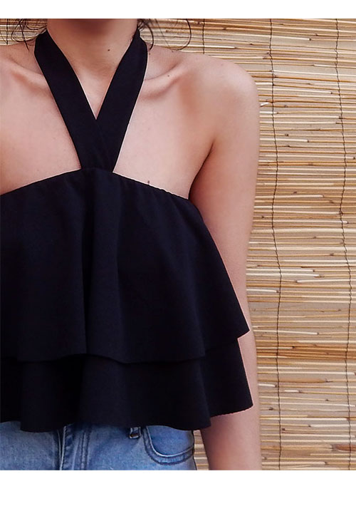 The Cupcake Frosting Top in Black