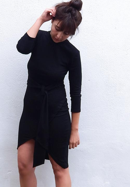 Knot Bodycon Black Dress