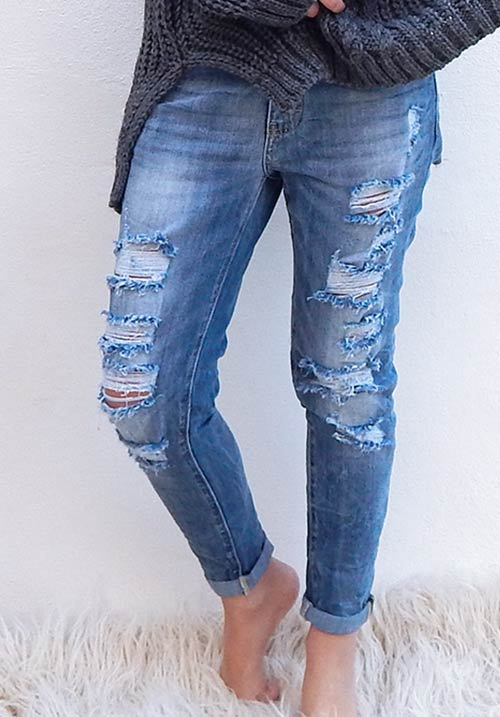 The Distressed Skinny Jeans